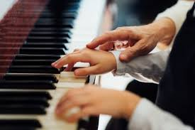 What is the Best Way to Learn to Play Piano?
